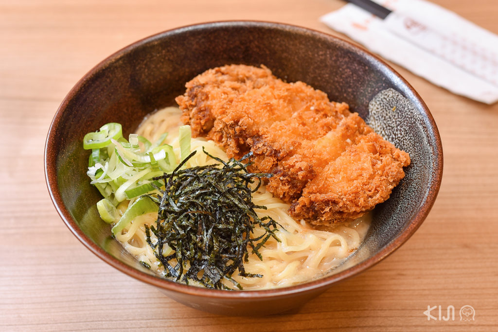Hakata ramen - Tonkatsu Jumbo Ramen (145 บาท)