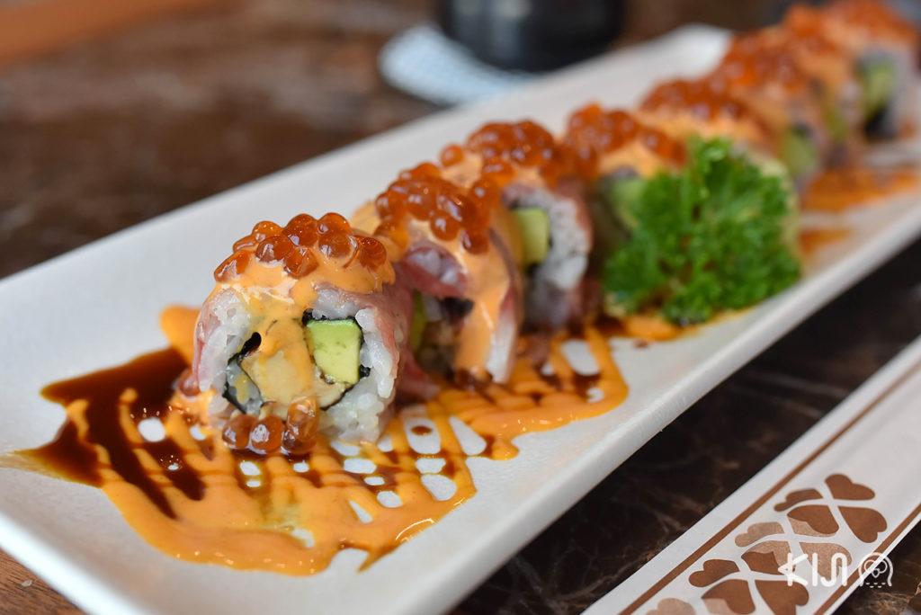 เมนูของร้าน Ryoshi Sushi - Salmon Foie Gras Roll