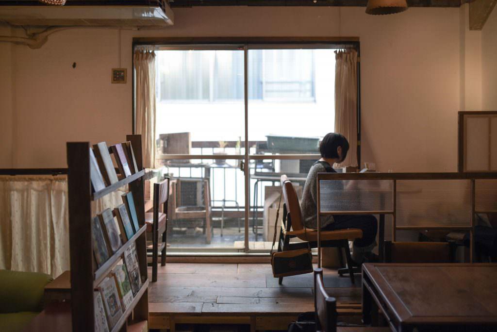 บรรยากาศภายร้าน QWALUNCA CAFE ในย่านคิชิโจจิ (Kichijoji)