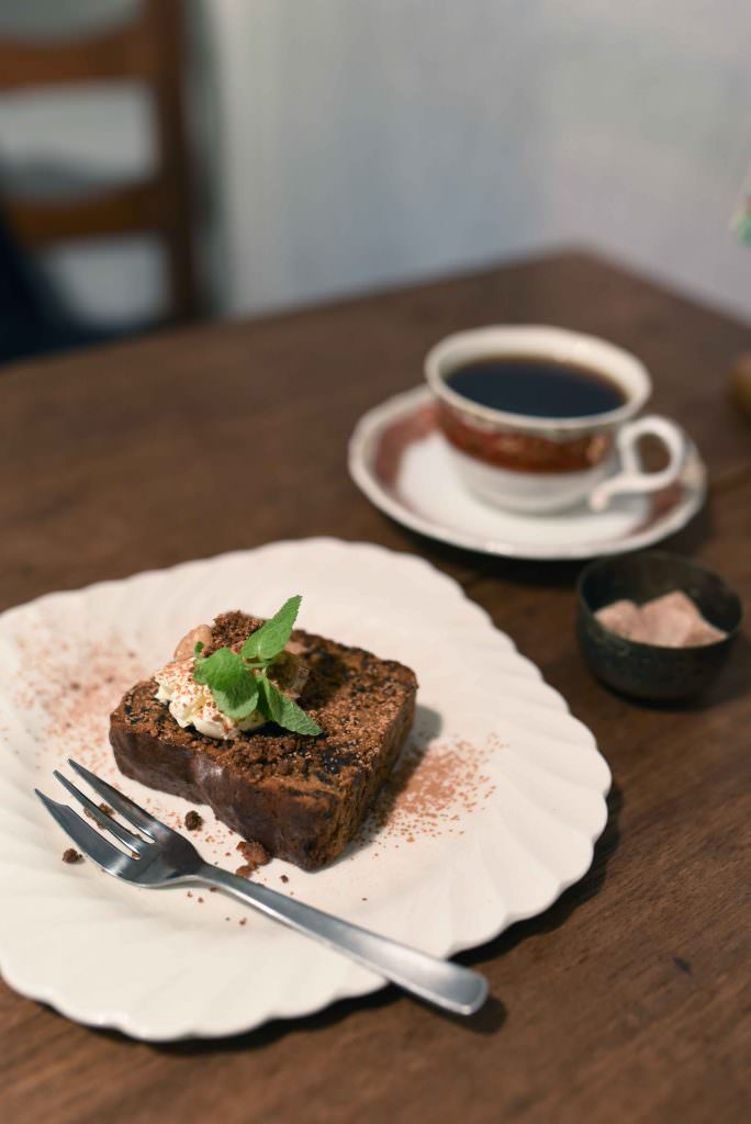 ขนมเค้กอบกรอบที่เหมาะกับเครื่องดื่มร้อนๆ สูตรเฉพาะของร้าน ARUMAKAN