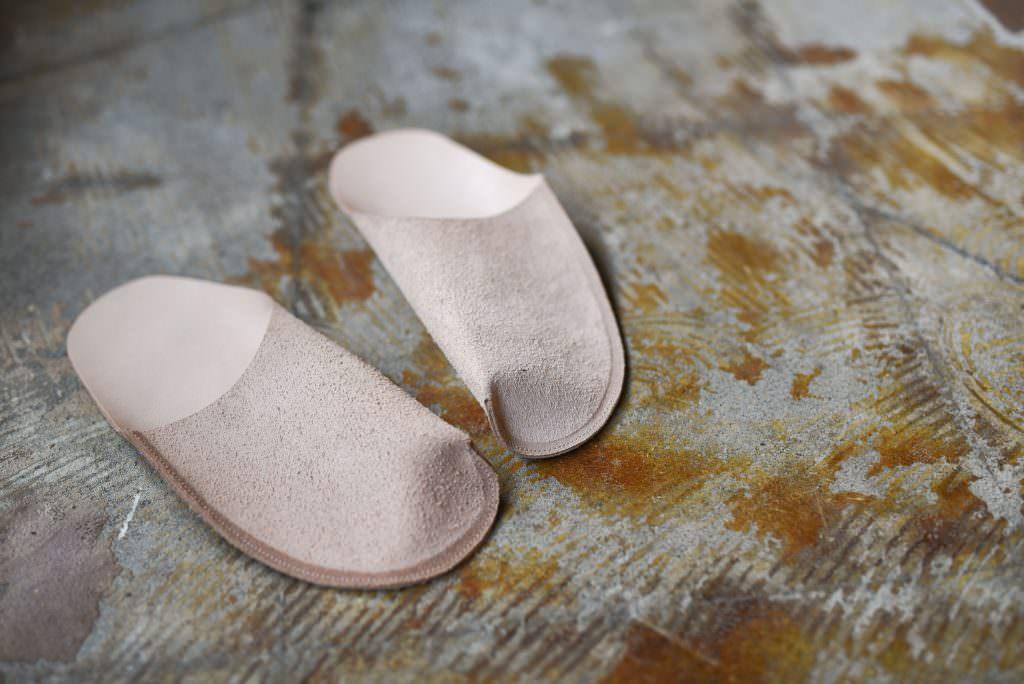 ชิ้นส่วนอุปกรณ์ในการผลิตรองเท้าจากร้าน TOE TO KNEE