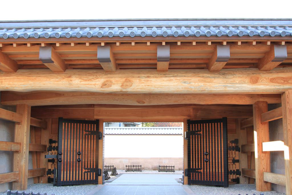สถาปัตยกรรมของปราสาทคานาซาว่า (Kanazawa Castle)