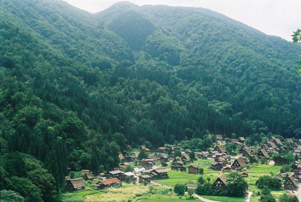 หมู่บ้านทะกะยะมะ (Takayama)