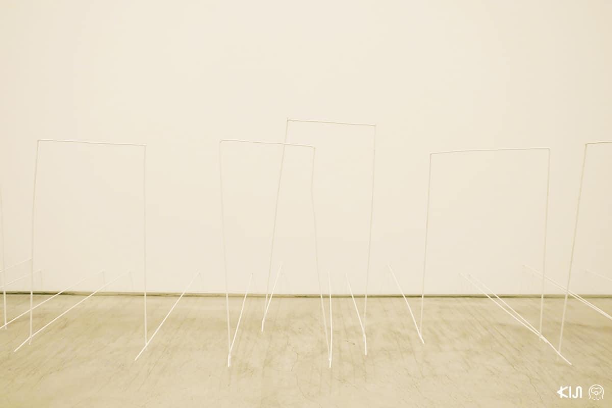 งานศิลปะภายใน Ando Gallery