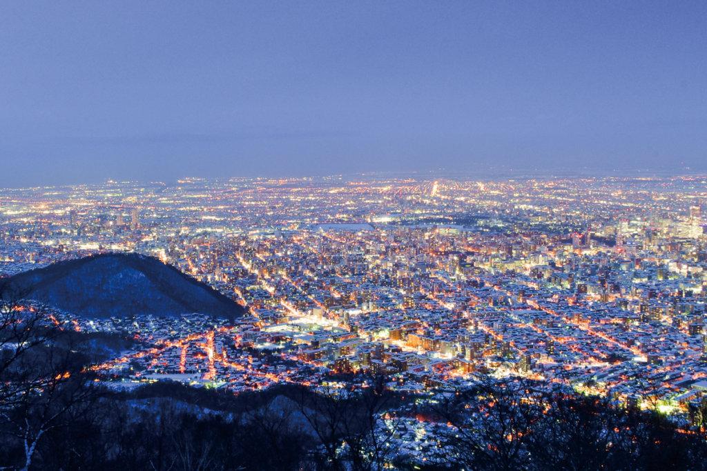 ชมวิวที่ภูเขาโมะอิวะ (Moiwa) อิชิคาริ (Ishikari)