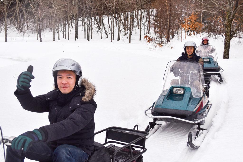 กิจกรรมขี่สโนว์โมบิล (Snowmobile) ระยะทางไกลที่อิชิคาริ (Ishikari)