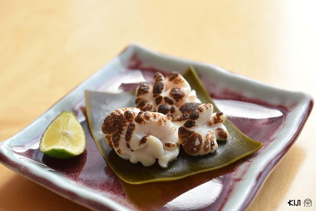 ชิราโกะแบบนำไปย่างกับไฟก็เพิ่มความอร่อยไปอีกแบบ