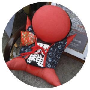 ซารุโบโบะ (Sarubobo Doll)