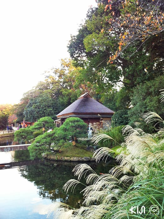 บรรยายกาศรอบๆ สวนโครากุเอ็ง (Kōraku-en)