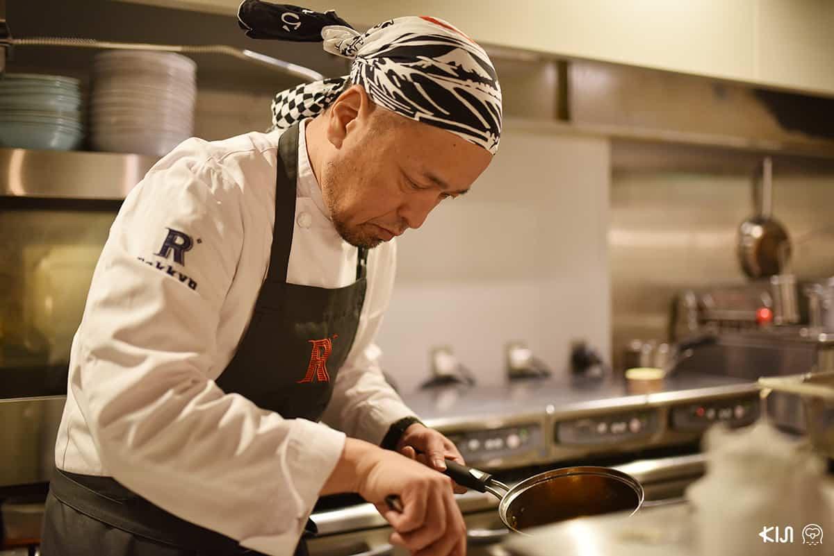 เจ้าของร้าน Rakkyo Sapporo ESTA ผู้คร่ำหวอดในวงการอาหารมากว่า 31 ปี
