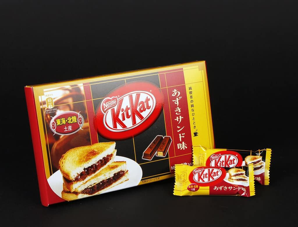 คิตแคตอาสุกิแซนด์วิช (Azuki Sandwich KitKat)ของฝากจากนาโกย่า