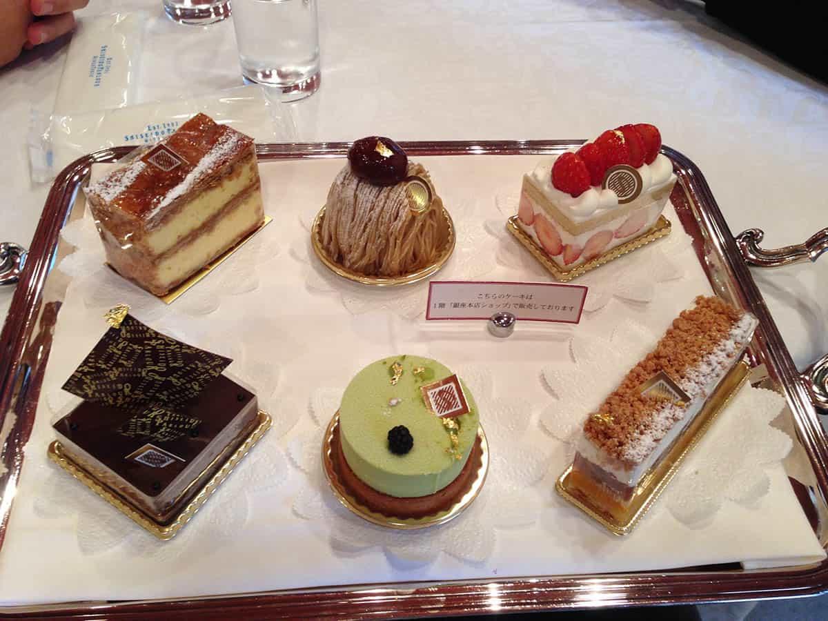 ขนมเค้กอร่อยๆ ที่ร้าน Shiseido Parlor