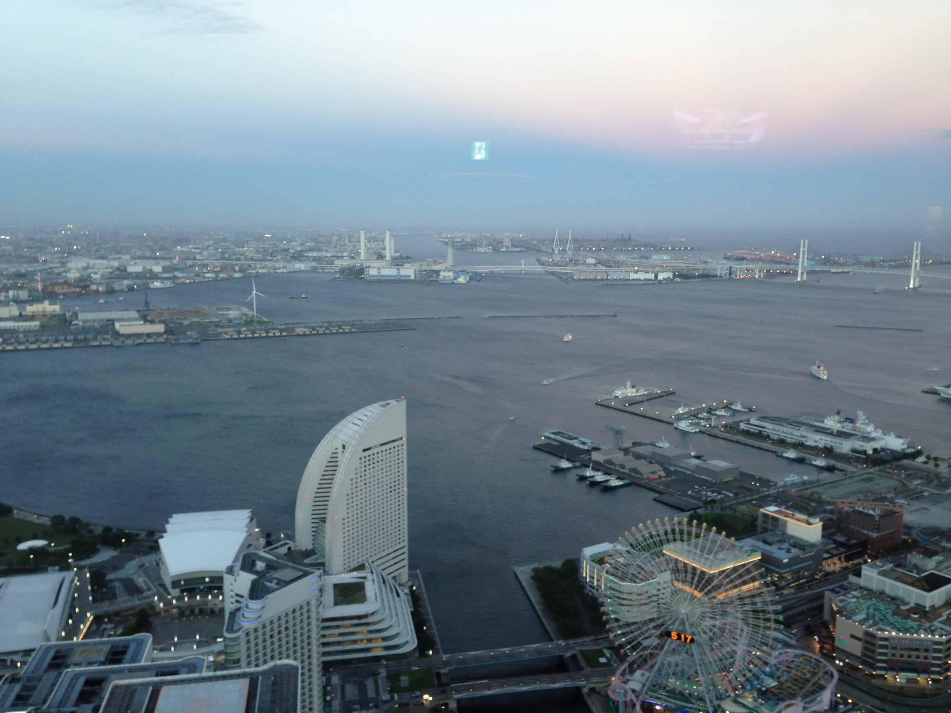 วิวที่มองลงมาจาก Landmark Tower