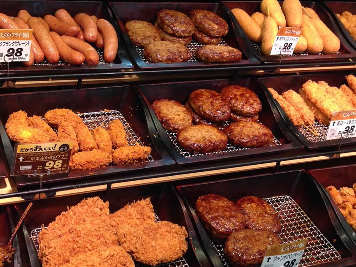 อาหารญี่ปุ่นในชีวิตประจำวัน : โคร็อกเกะ ( コロッケ : โค-ร็อก-เกะ)