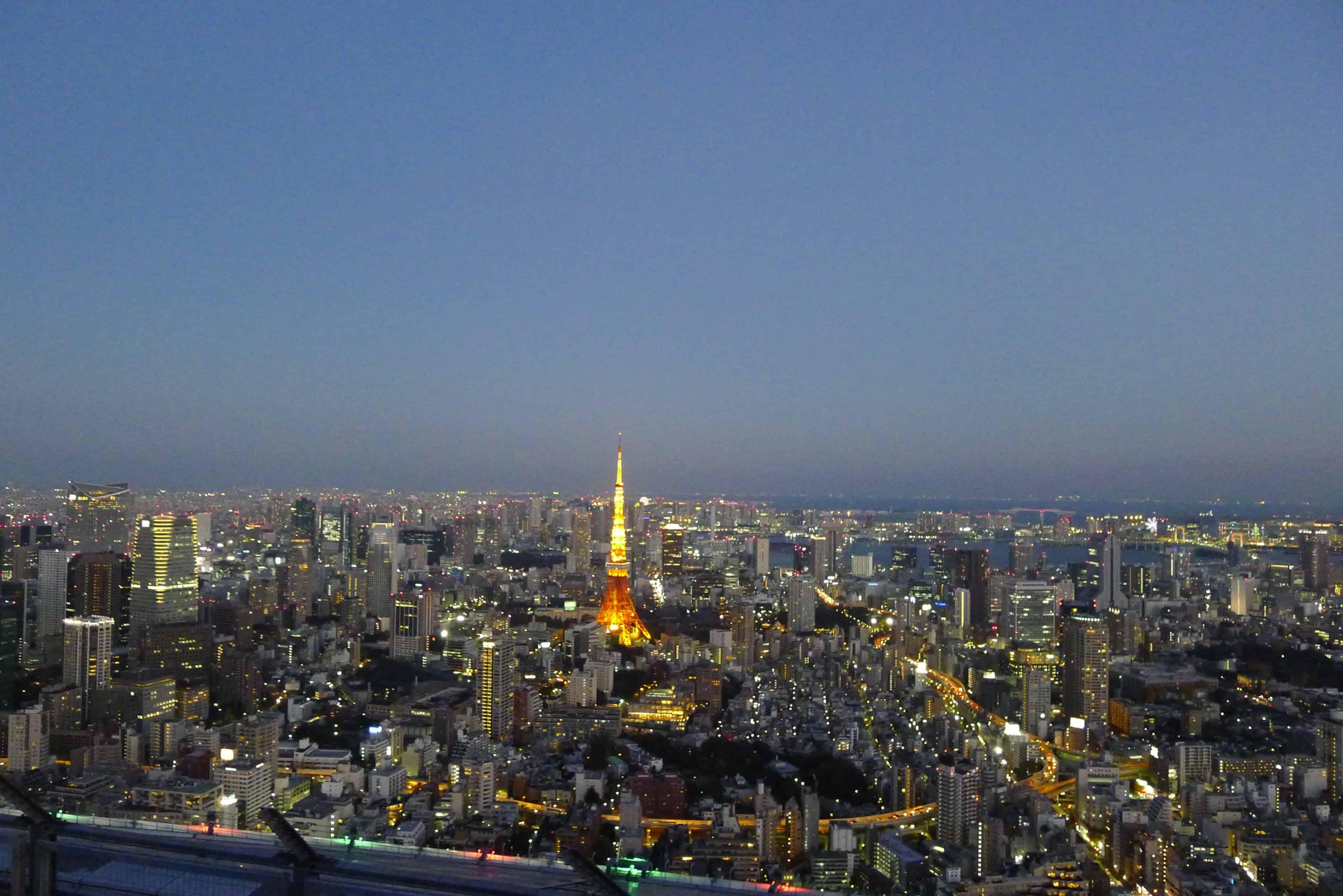Tokyo Tower แบบไม่มีอะไรมาบดบังสายตา บนดาดฟ้าตึก Mori Tower