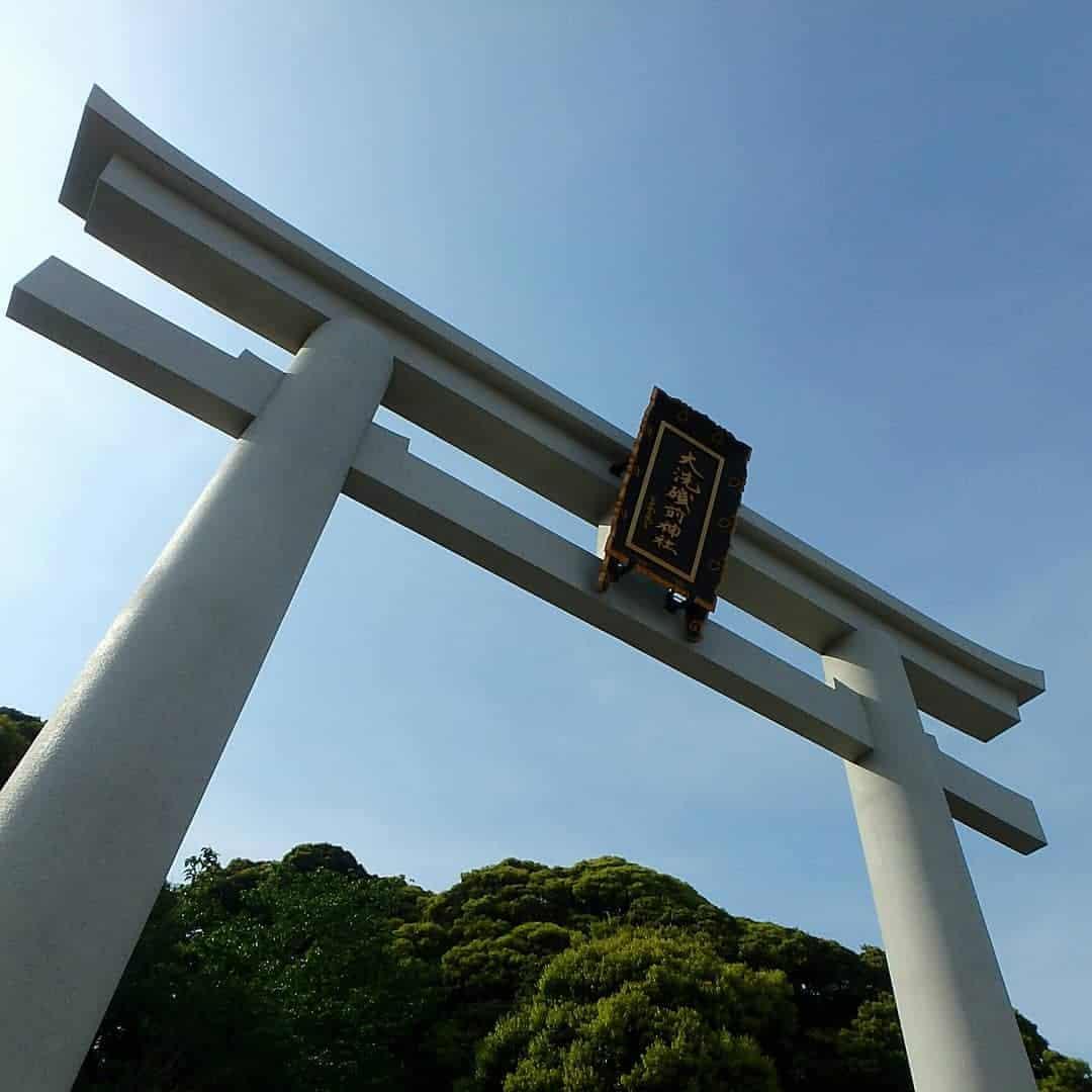 โทริอิภายในศาลเจ้าโออาไรอิโซซากิ (Oarai Isosaki Shrine)