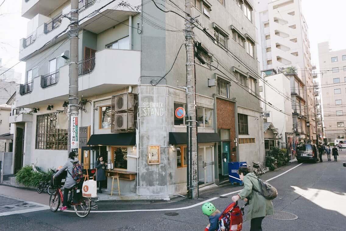 ร้านกาแฟ Specialty Coffee ในโตเกียว : Sidewalk Stand