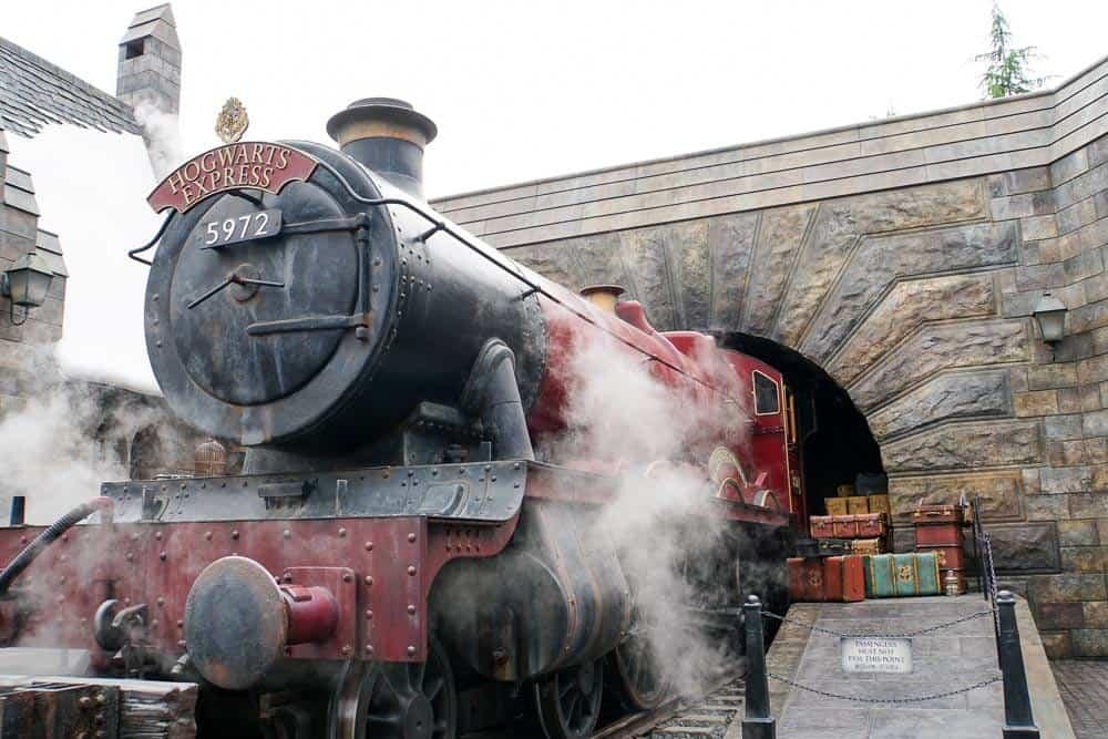 การถ่ายรูปกับรถไฟ Hogwarts™ Express