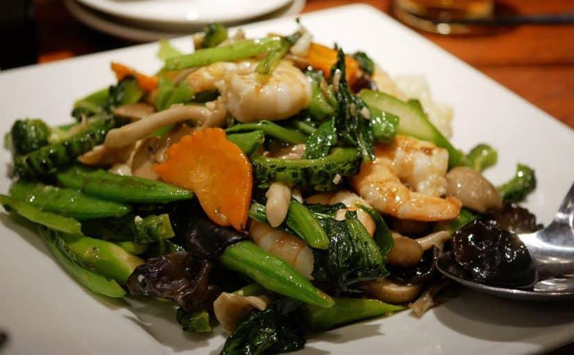 ร้าน Ryukaso (劉家荘) : ผัดผักตามฤดูกาลและกุ้ง ราคา 1,650 เยน