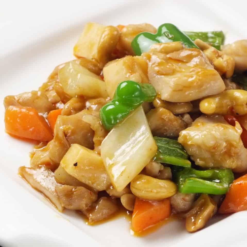 ร้าน Gaen Shuka (雅苑酒家) : ไก่ผัดเม็ดมะม่วงหิมพานต์ ราคา 1,430 เยน
