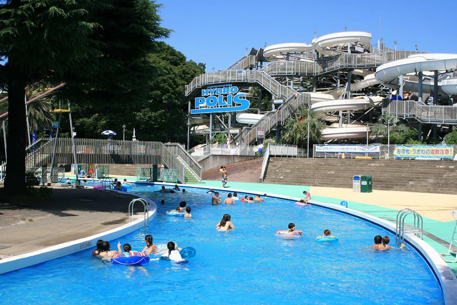 สวนน้ำขนาดใหญ่ในโทชิมะเอ็น