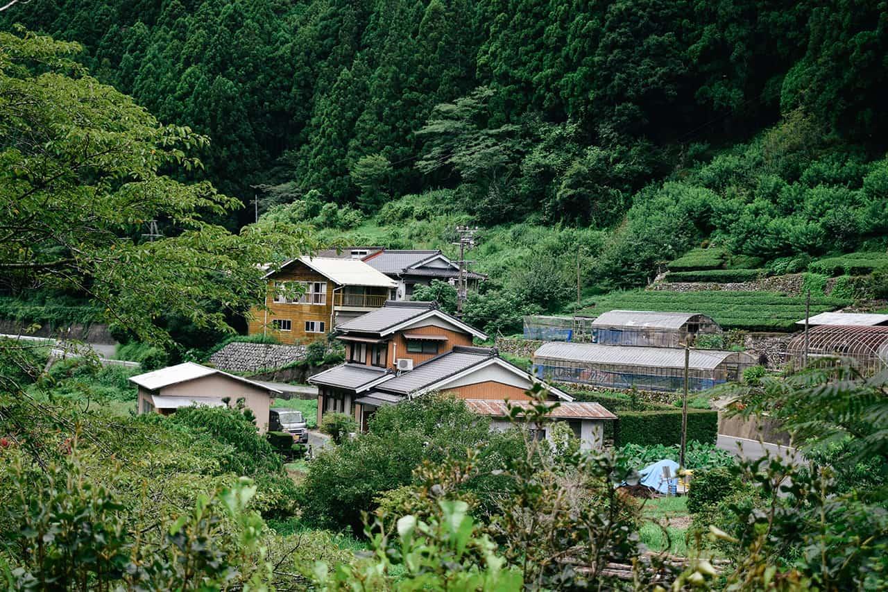 Satoyama Minshuku Maru ฟาร์มสเตย์ใจกลางหุบเขา