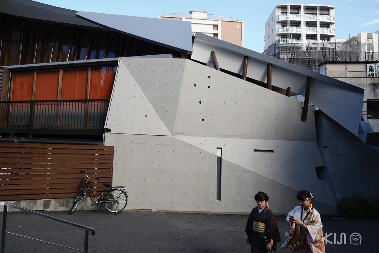 วัดคันโนะจิ (Kannoji Temple)ออกแบบโดยสถาปนิกโอสะมุ อิชิยะมะ
