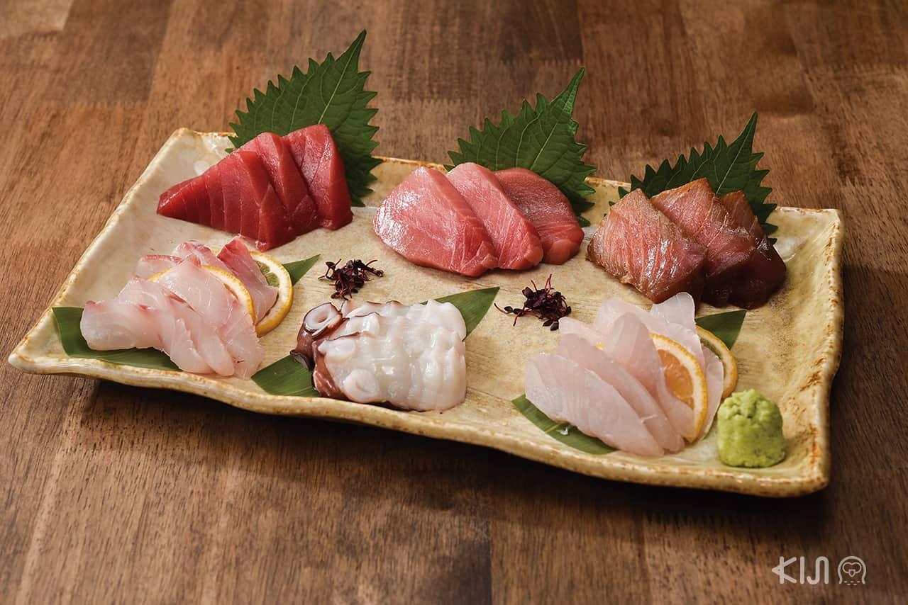 อาหารภายในร้าน Hitachino