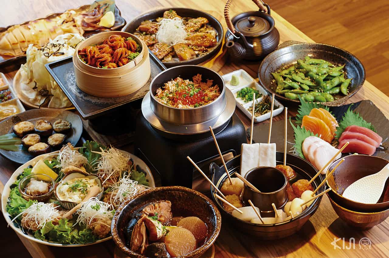 อาหารภายในร้าน Banya