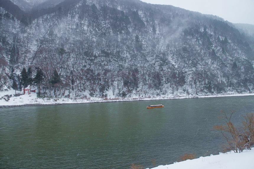 เส้นทาง ล่องเรือชมวิวญี่ปุ่น : แม่น้ำโมกามิ (Mogami River) ยามากาตะ (Yamagata)