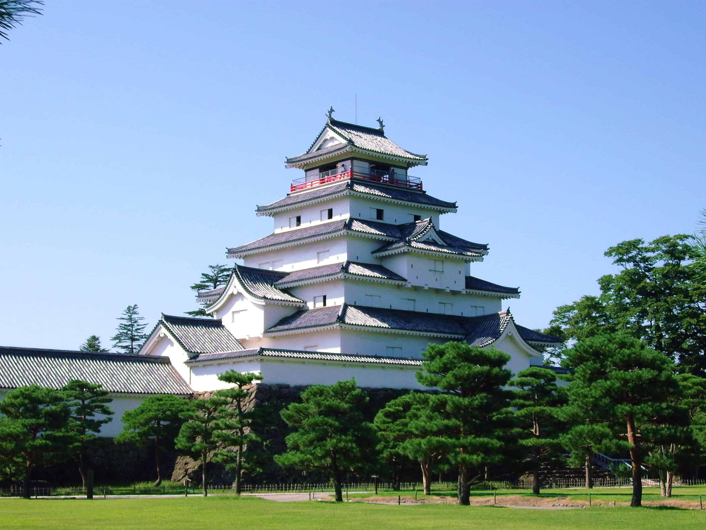 ปราสาทสึรุกะ (Tsuruga Castle) จังหวัดฟุกุชิมะ