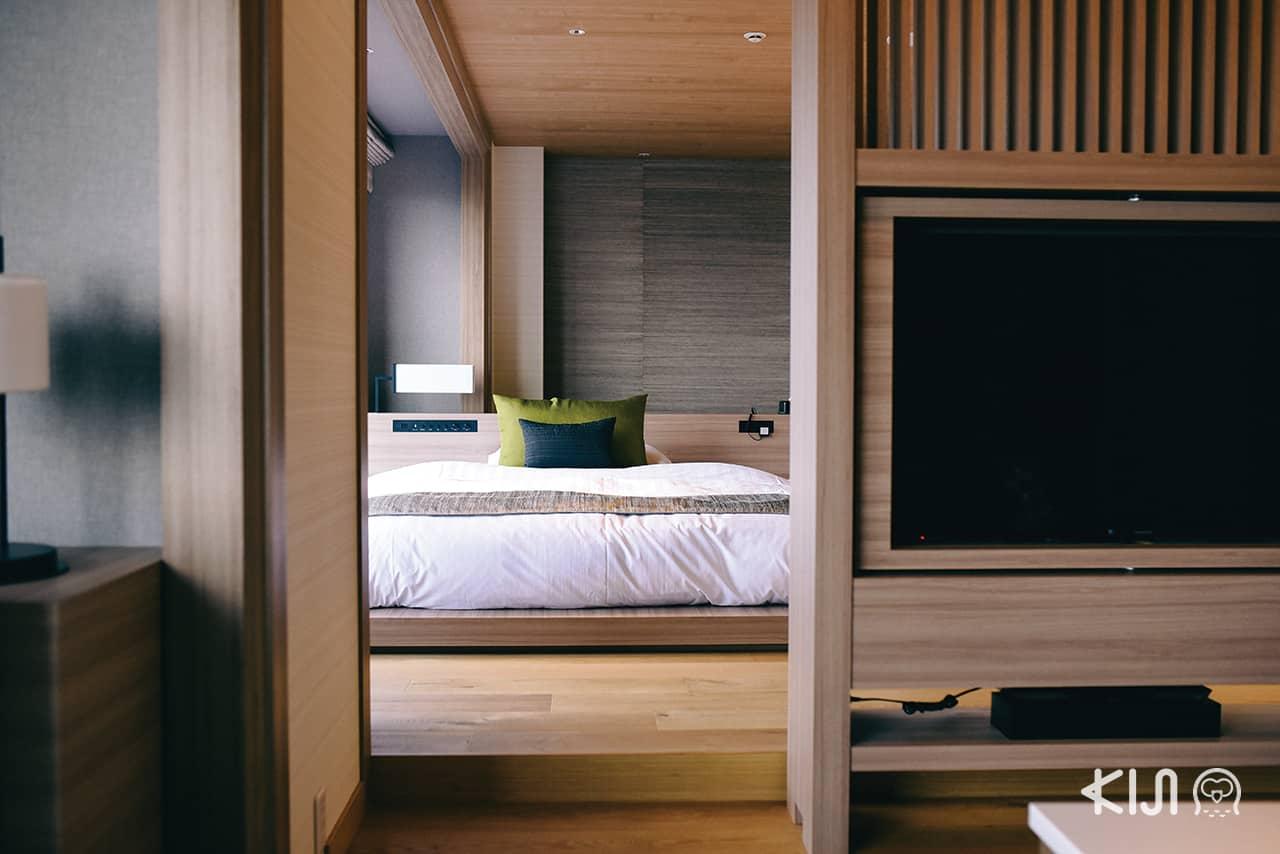 ห้องพัก Luxury Superior Suite Room ภายในโรงแรม HOTEL HANKYU INTERNATIONAL