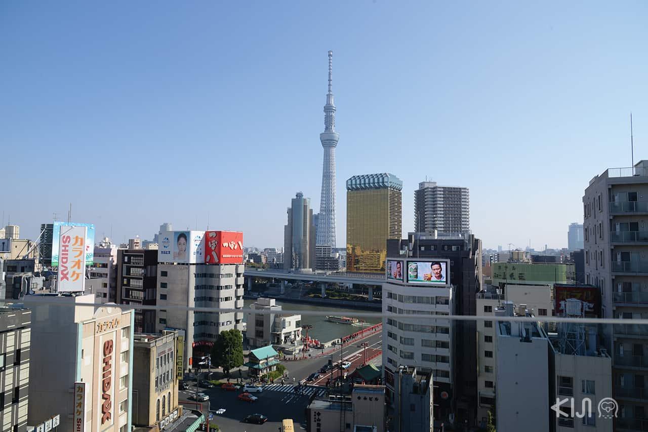 วิวที่มองมาจากที่ Asakusa Culture Tourist Information Center
