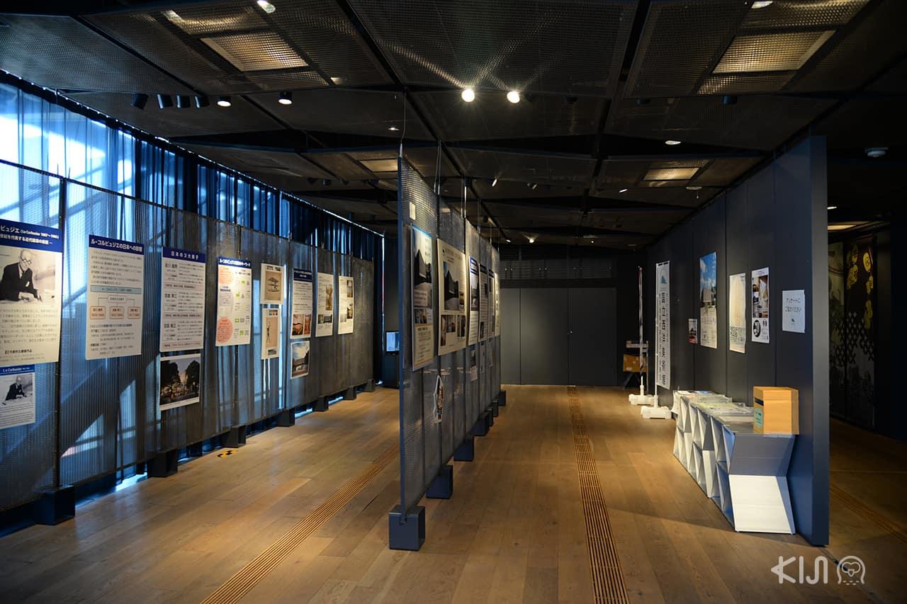บรรยากาศภายในของ Asakusa Culture Tourist Information Center