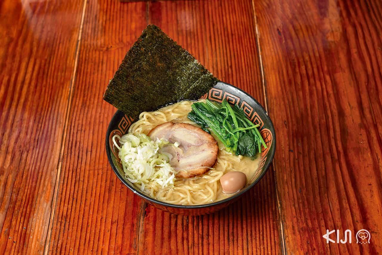 ร้าน Sendai Kamajinya : Noko Shoyu Ramen (180/240 บาท)