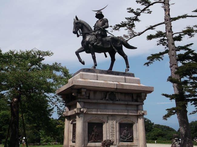 รูปปั้นขุนนาง Date Masamune