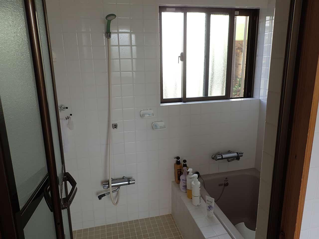 ห้องน้ำในห้องพักที่ Smilax Kurichi