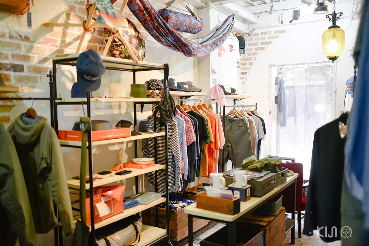 บรรยากาศด้านในร้าน Rin Selected Shop ย่าน Nakazakicho ในโอซาก้า