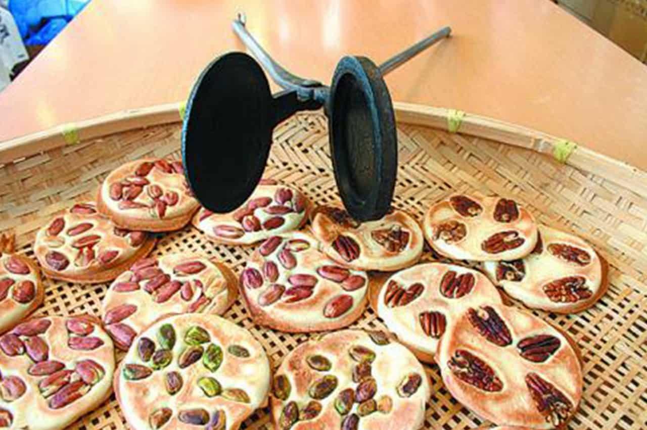 ขนมเซมเบ้สารพัดถั่วจากร้านโอยาม่า จังหวัดอาโอโมริ(aromori) ภูมิภาคโทโฮคุ(Tohoku)