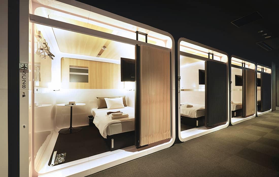 โรงแรม First Cabin โรงแรมแคปซูลแบบพรีเมียม