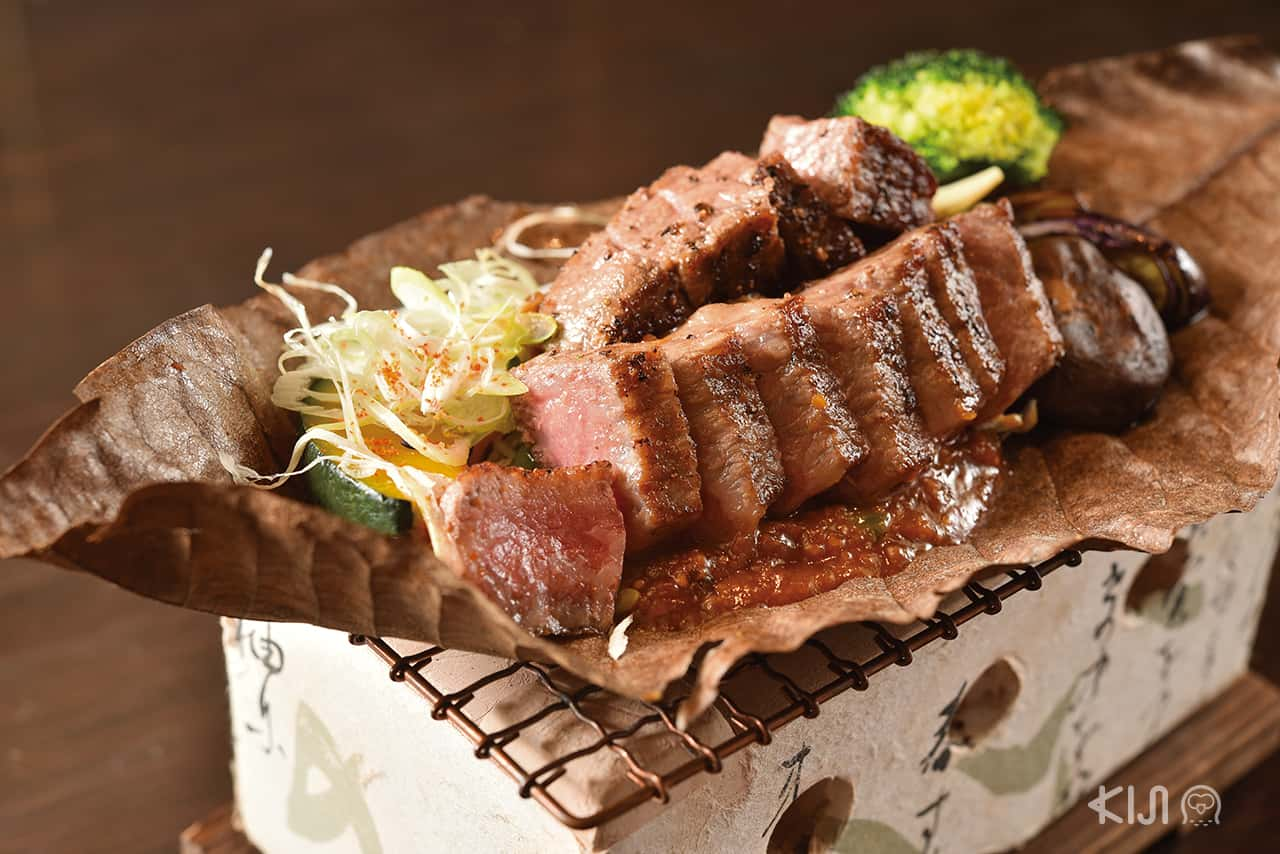 เมนูเนื้อวากิวระดับ A4 จาก จ.คาโกชิม่า จากร้าน Kitaohji Ginza Thailand