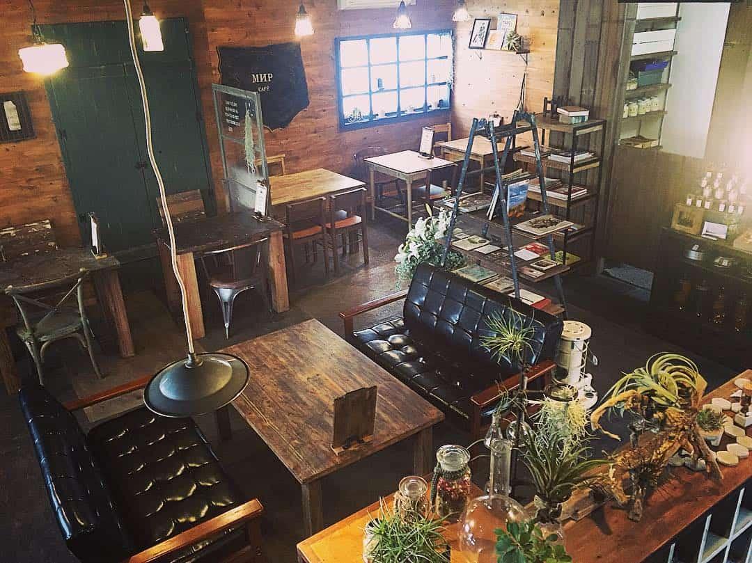 บรรยากาศภายในร้าน Мир cafe คาเฟ่สุดชิคที่โอกาซากิ (Okazaki)