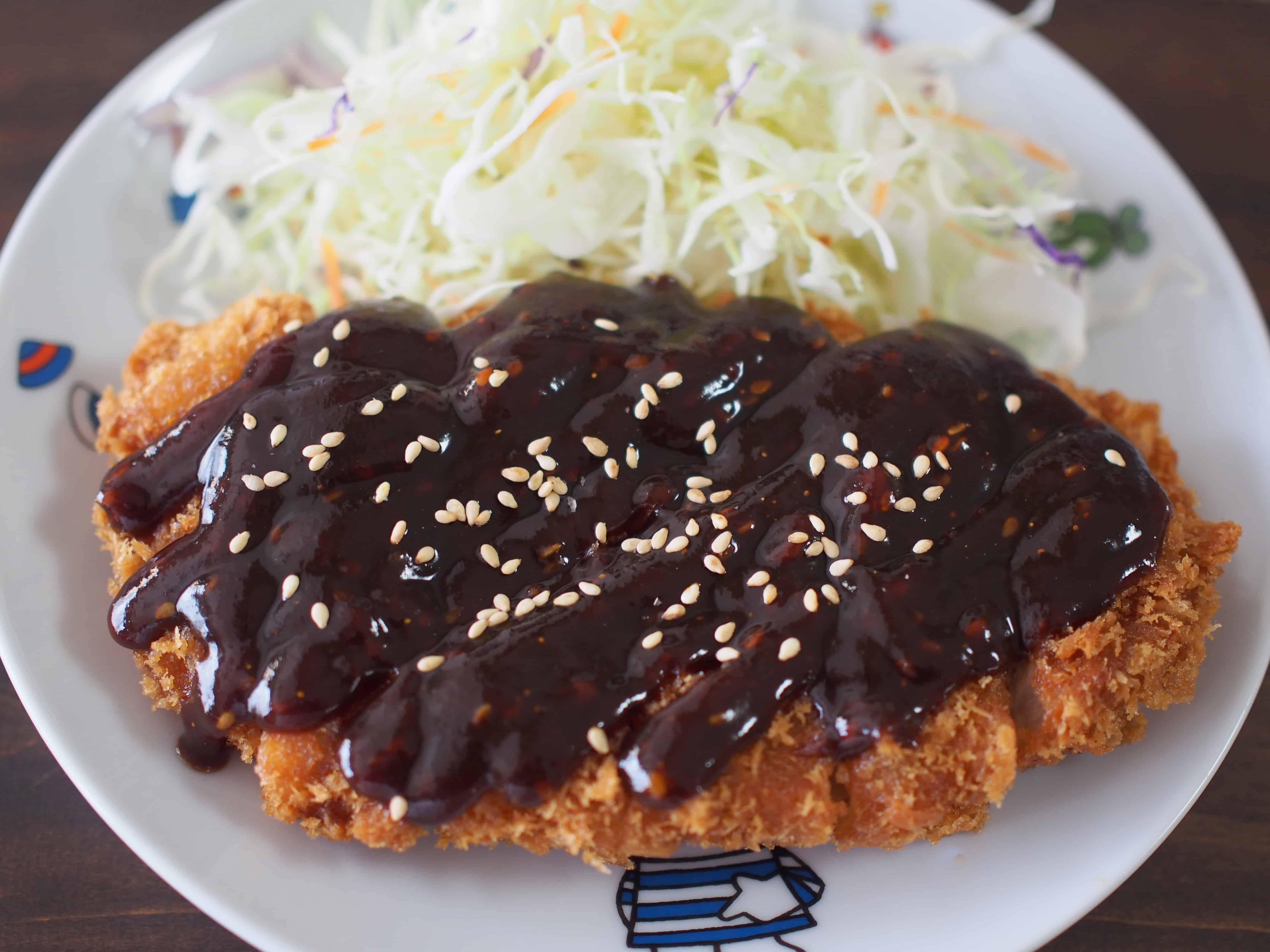 มิโซะคัตสึ (Miso Katsu : 味噌カツ) ที่นาโกย่า