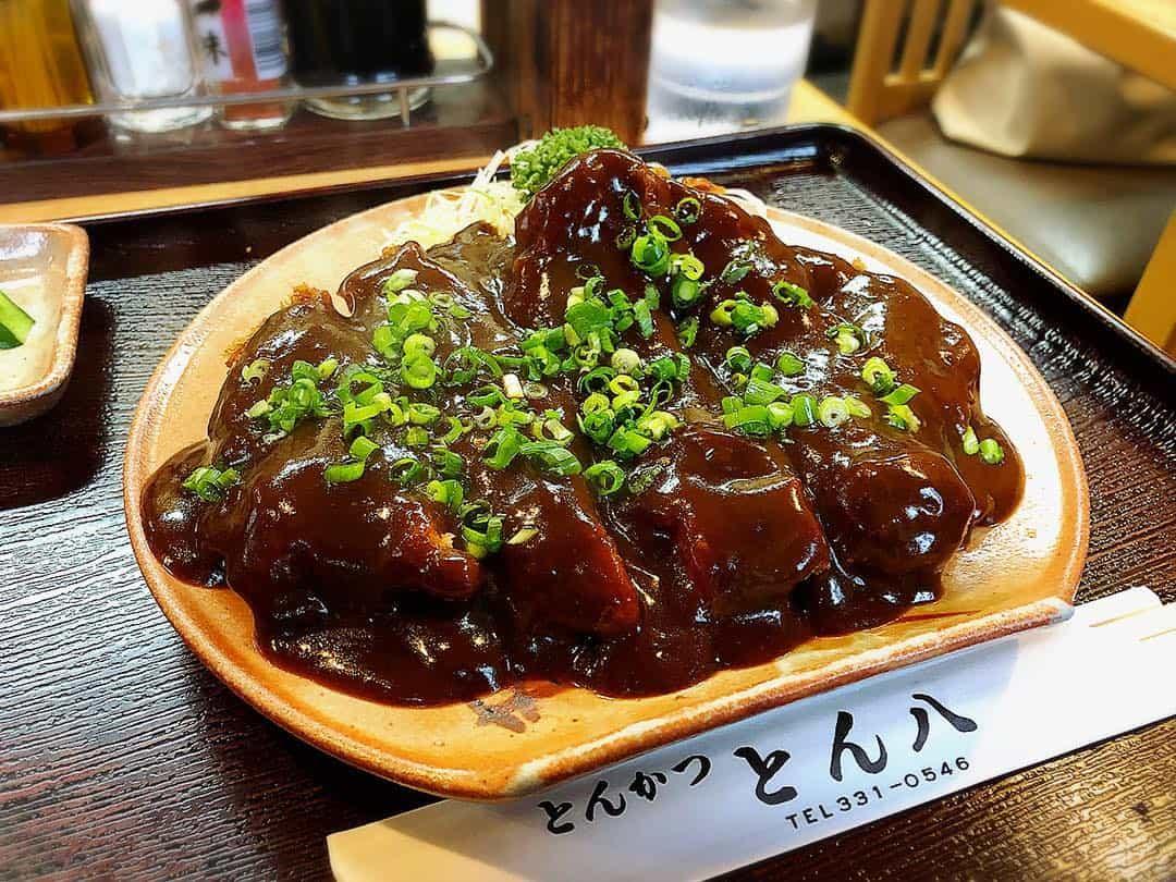 เมนูมิโซะคัตสึ ของร้านทงปาจิที่นาโกย่า