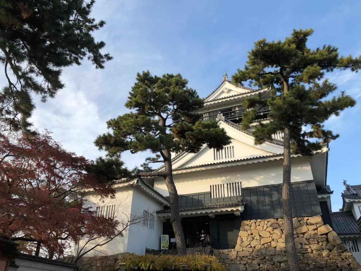 ปราสาทโอกาซากิ (Okazaki-jo / Okazaki Castle) แลนด์มาร์คประจำเมือง