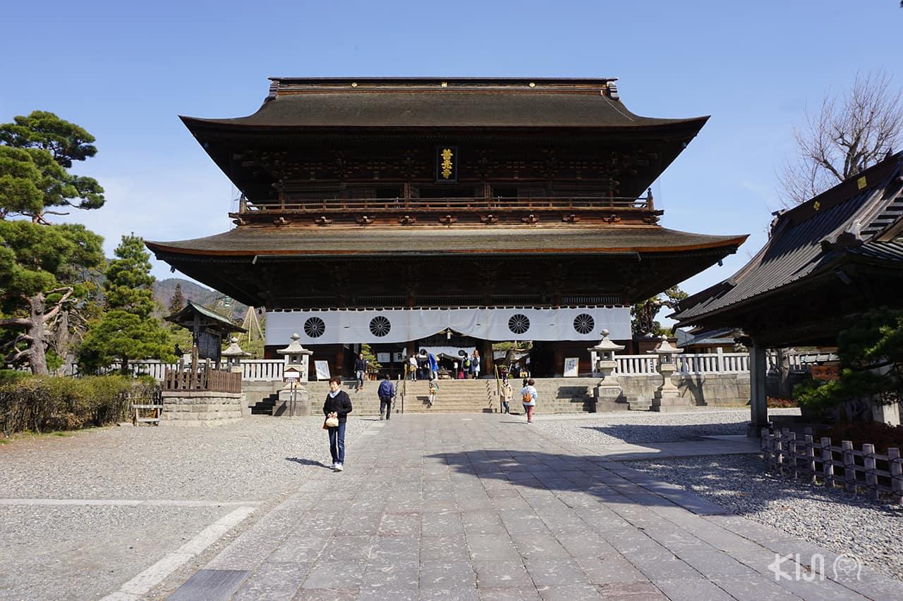 ประตู Sanmon Gate ขนาดยักษ์ ที่วัดเซ็นโคจิ