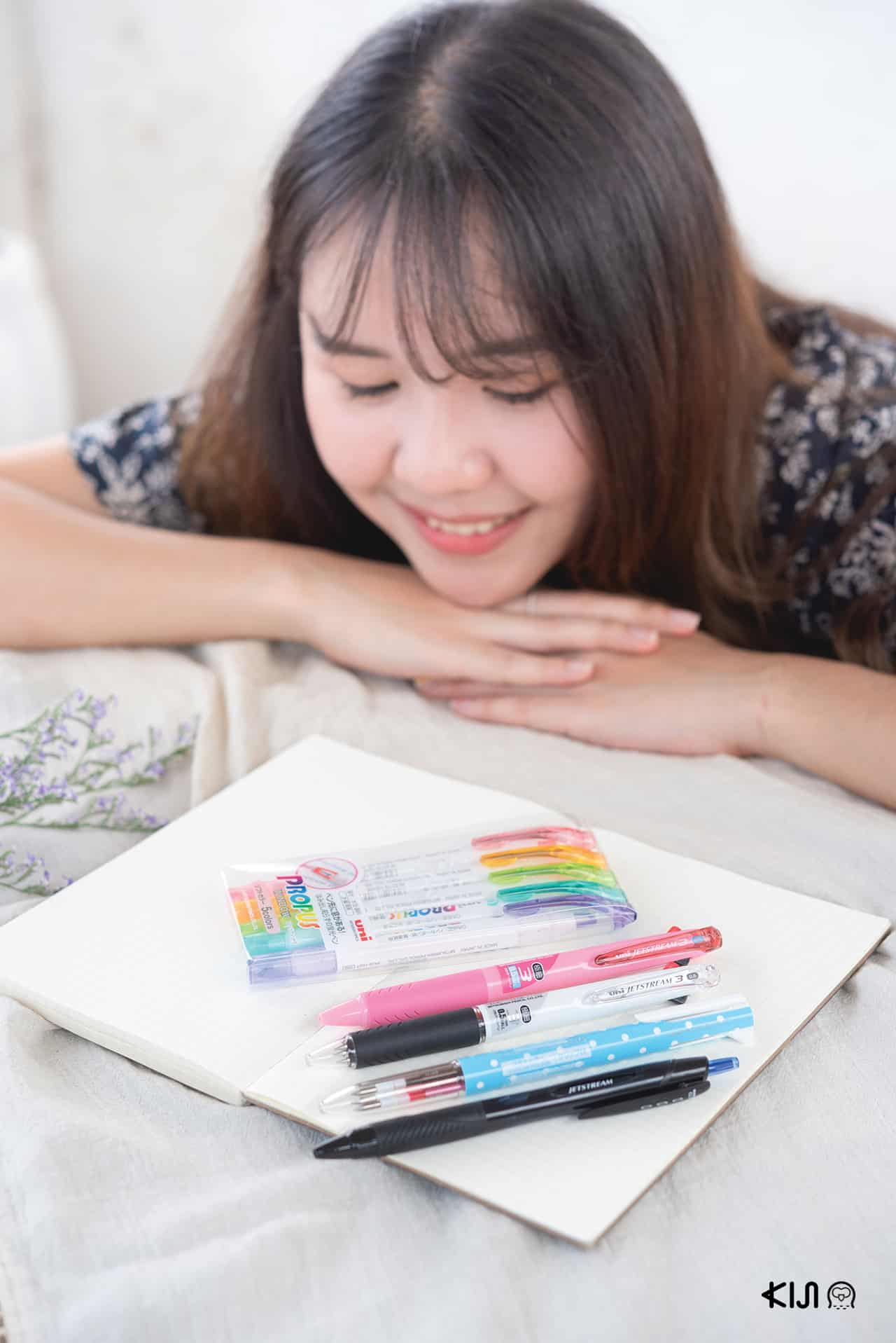 เด็กฝึกงานคิจิ กับปากกา uni แท่งโปรดของเธอ