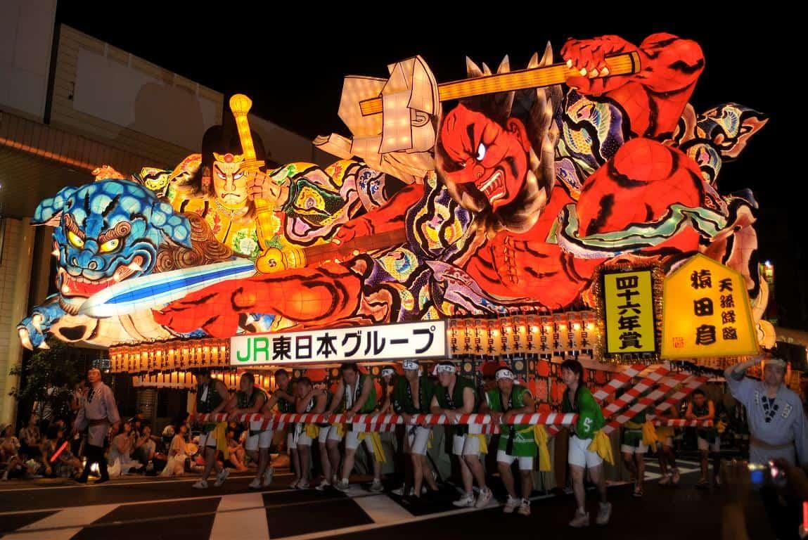 เทศกาลอาโอโมริเนบูตะ (Aomori Nebuta Festival) ภูมิภาค โทโฮคุ จัดใน หน้าร้อน