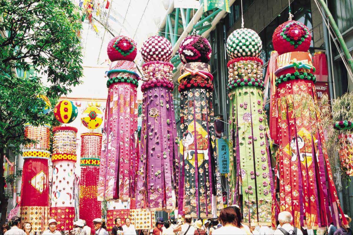 เทศกาล หน้าร้อน ใน โทโฮค : เทศกาลเซนไดทานาบาตะ (Sendai Tanabata Festival)