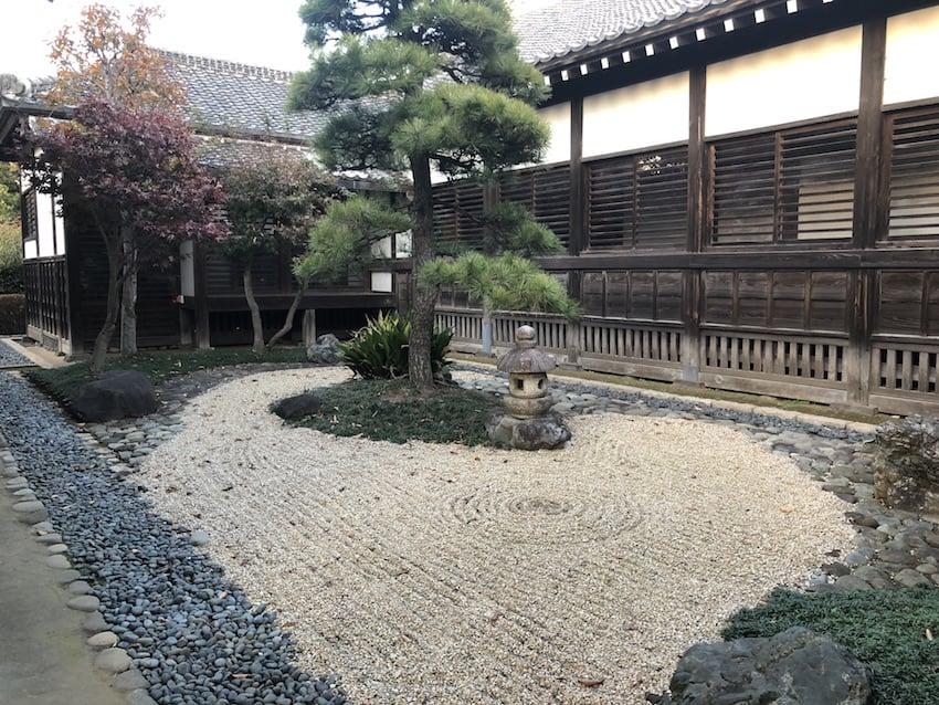 สวนญี่ปุ่น รอบ